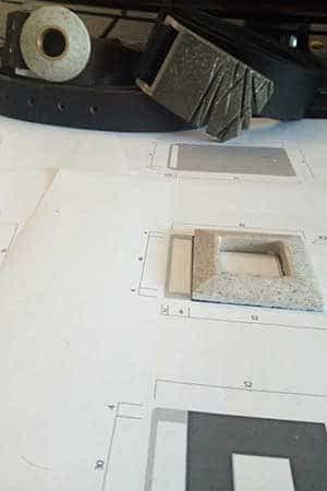 Czech design shop s opasky FOP belts - ruční výroba od návrhu až k realizaci, betonové opaskové přezky