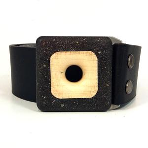 Pásek s přezkou ze dřeva, javor-beton, široký 4 cm, černý